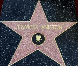 Jennifer Aniston star